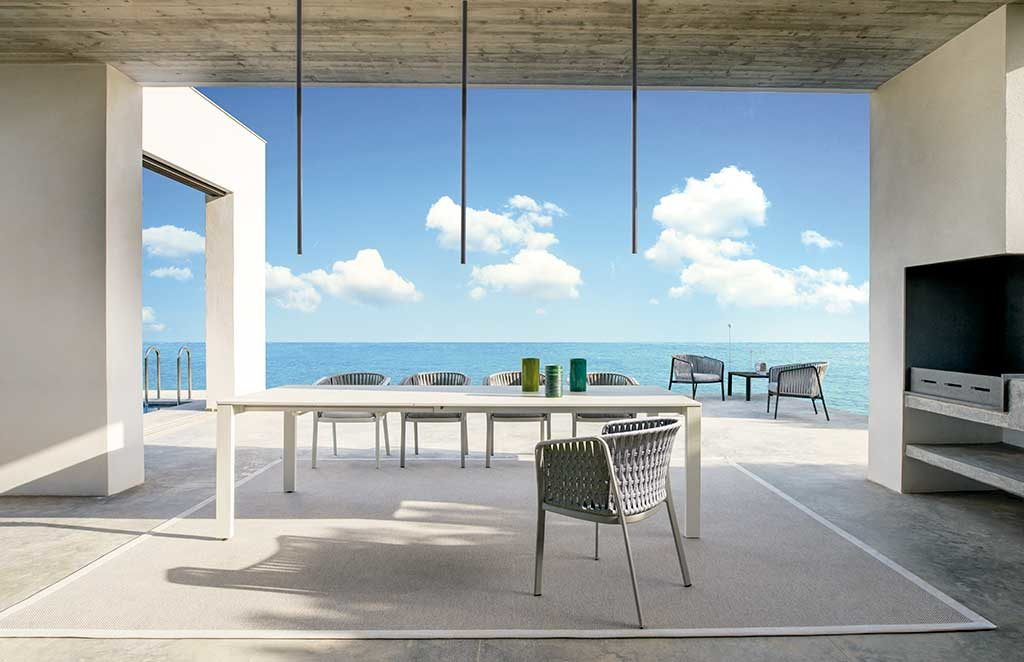 tavolo rettangolare grande da esterno
