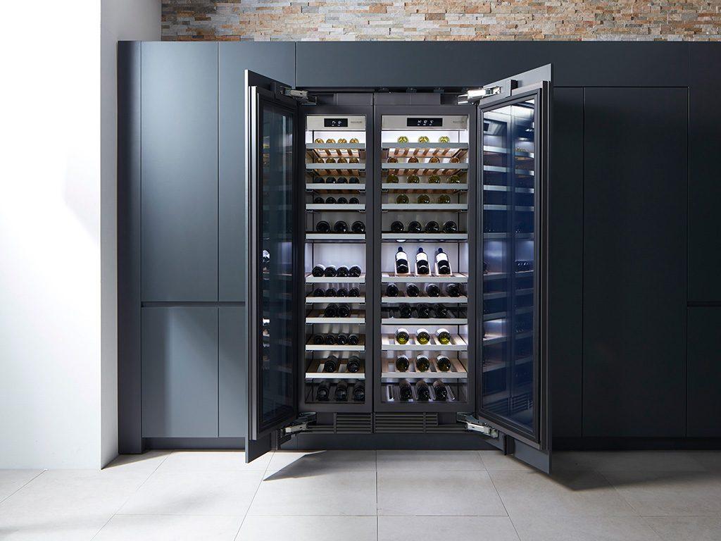 armadio cantina vino doppia anta