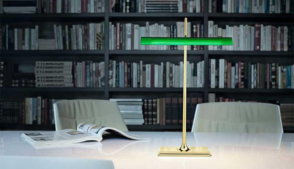 lampada classica lettura tavolo