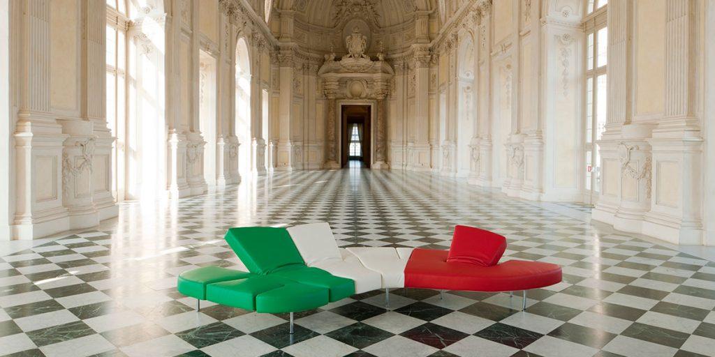 divano tricolore