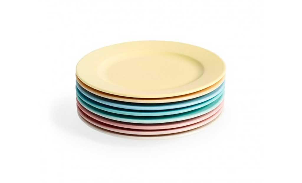 piatti color pastello