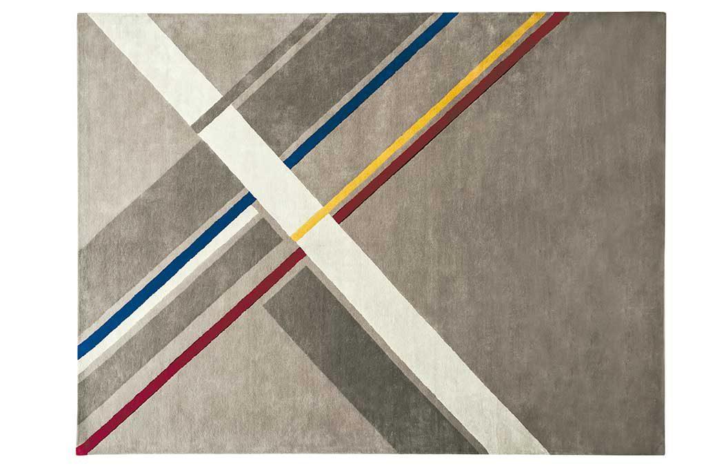 tappeto grigio righe trasversali