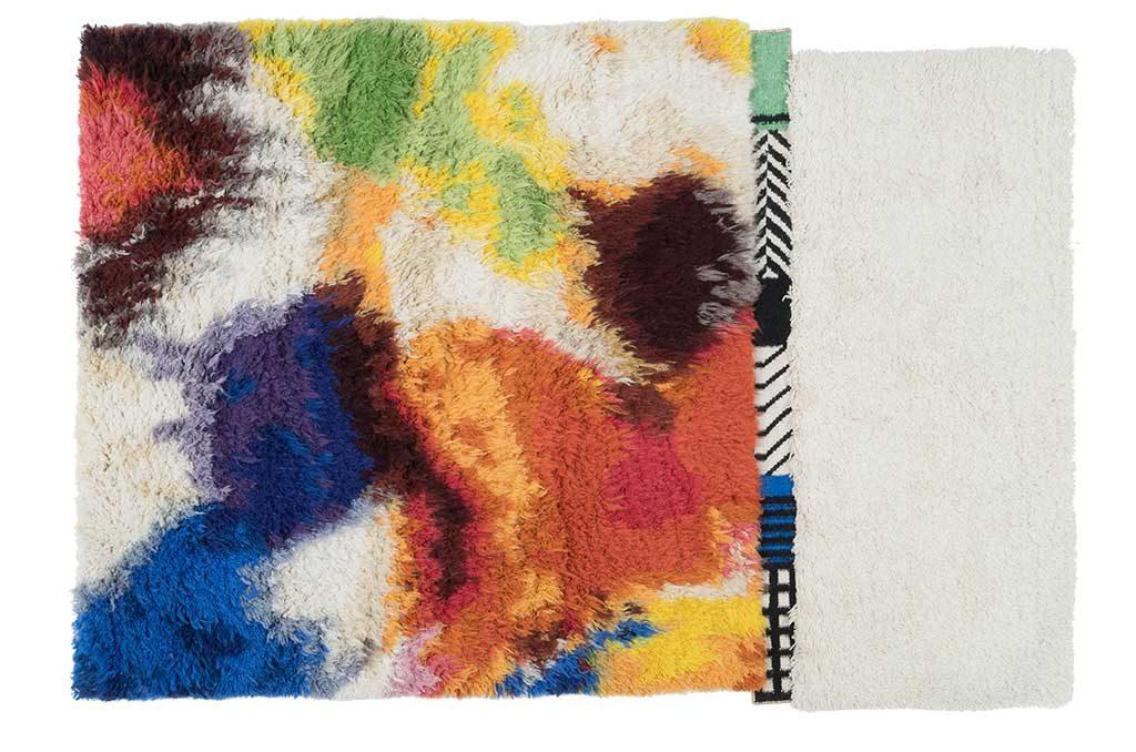 tappeto pelo lungo colore