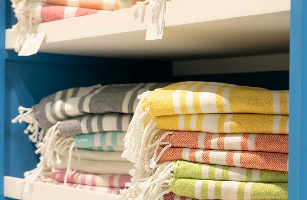 tessili casa colorati