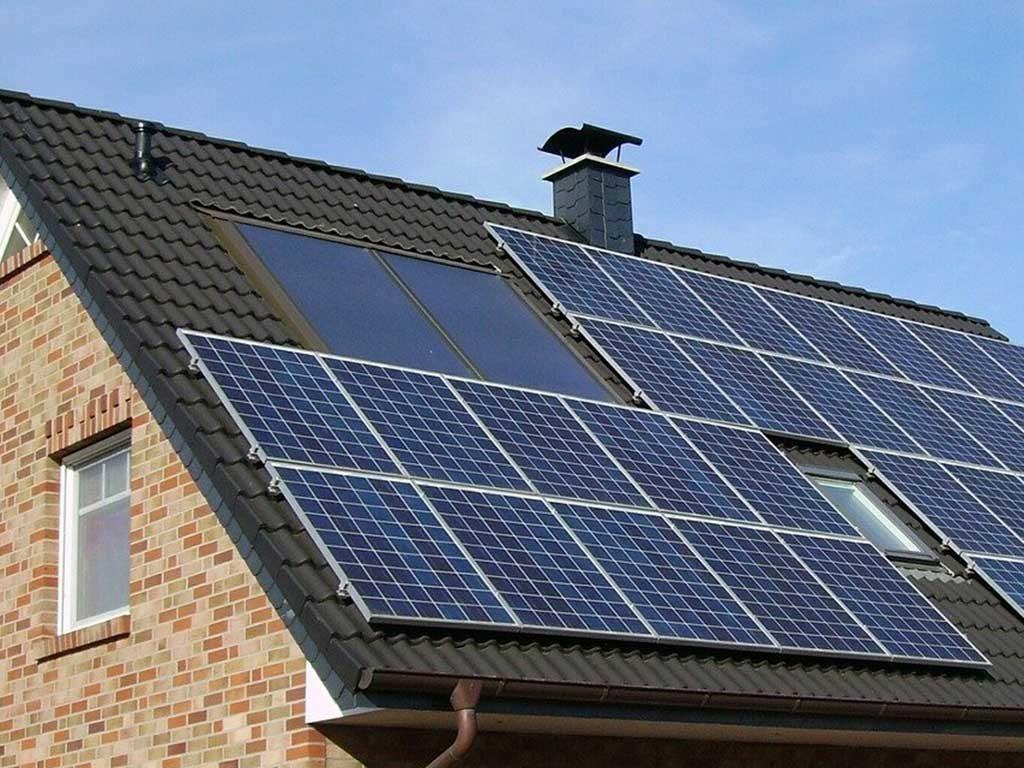 tetto pannelli solari
