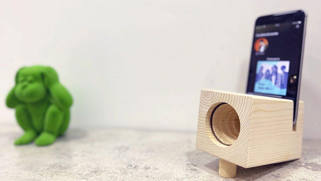 cassa legno smartphone