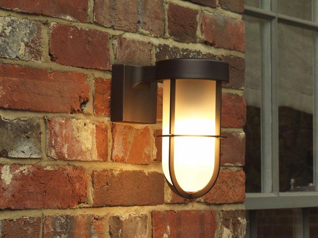 lampada parete esterno nera