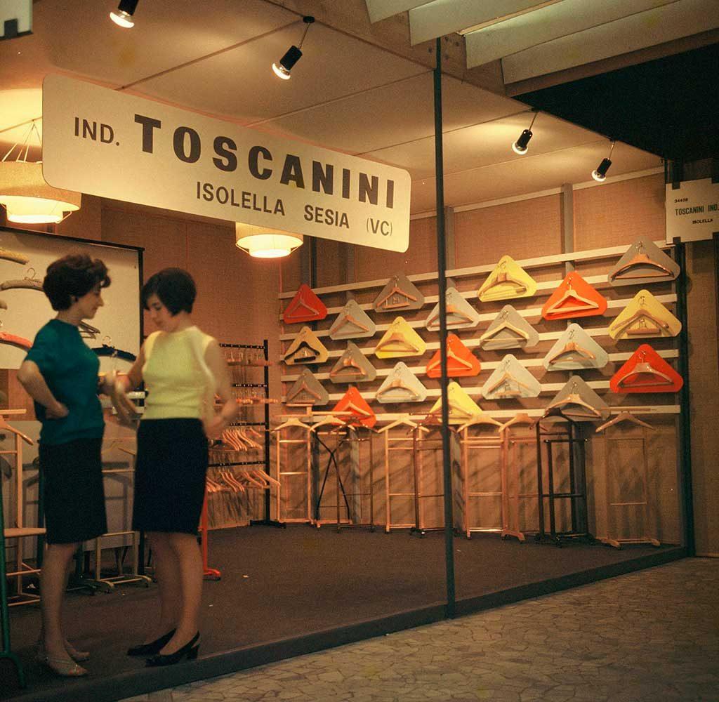 stand toscanini macef 1967