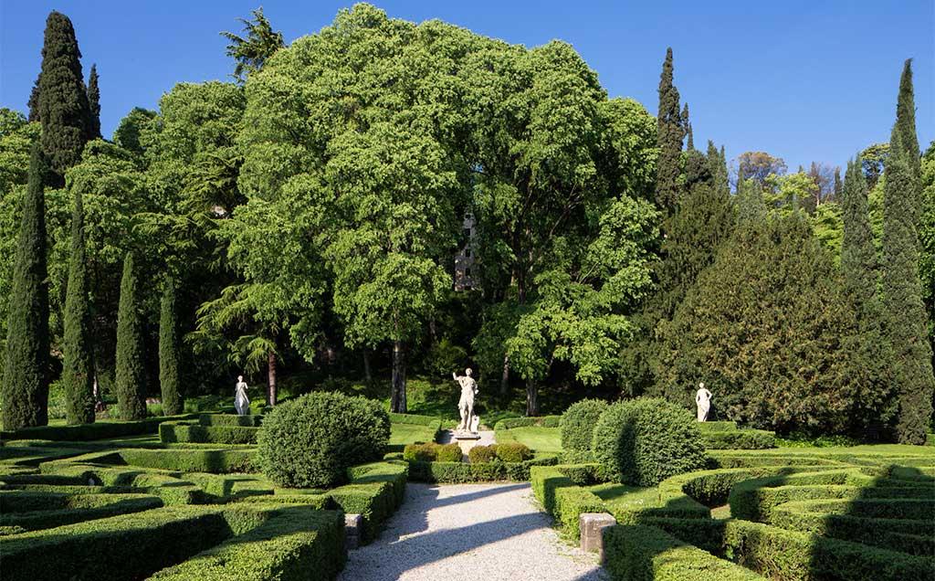 interno giardino giusti verona