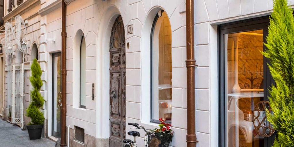 facciata hotel roma poesis experience