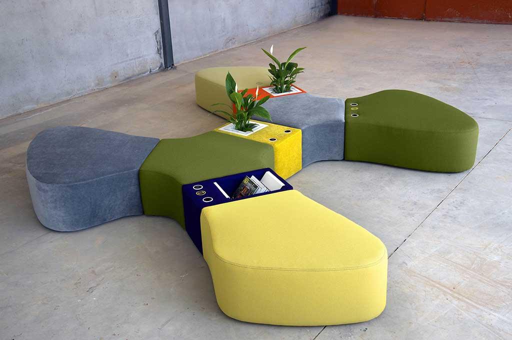 seduta modulare colorata