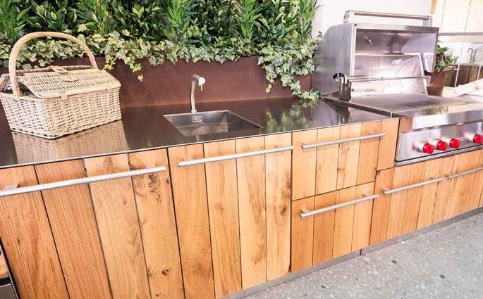 cucina da esterno acciaio e legno
