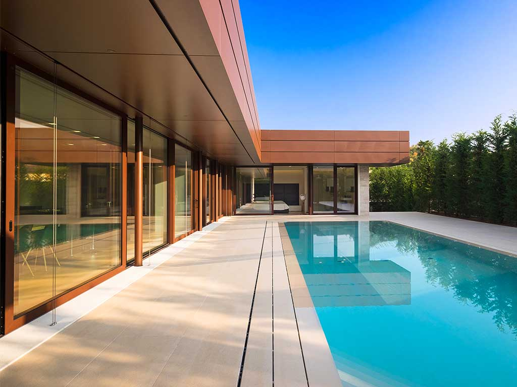 rivestimento e bordo piscina pavimento crema