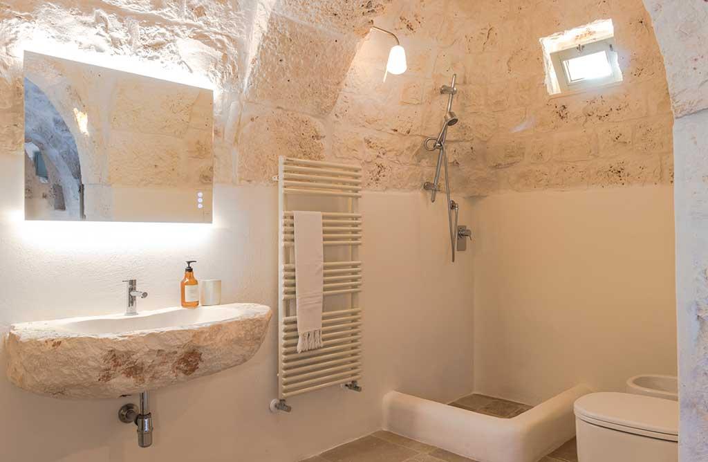trullo restaurato bagno