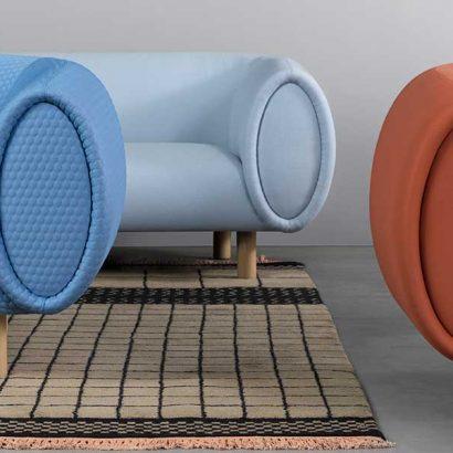 divano morbido colorato