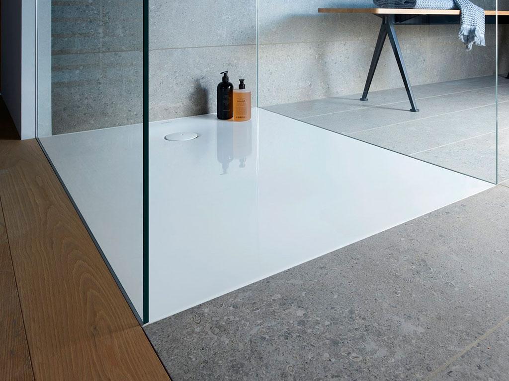 piatto doccia bianco filo pavimento