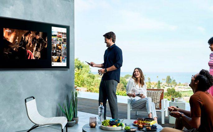 televisore parete da esterno