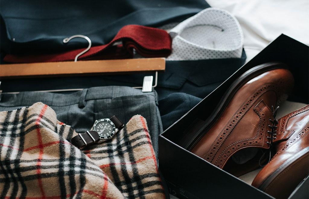 abiti uomo organizzati