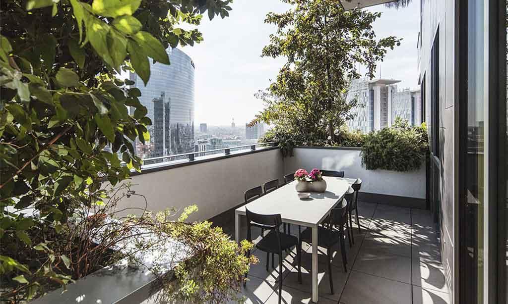 terrazza appartamento bosco verticale