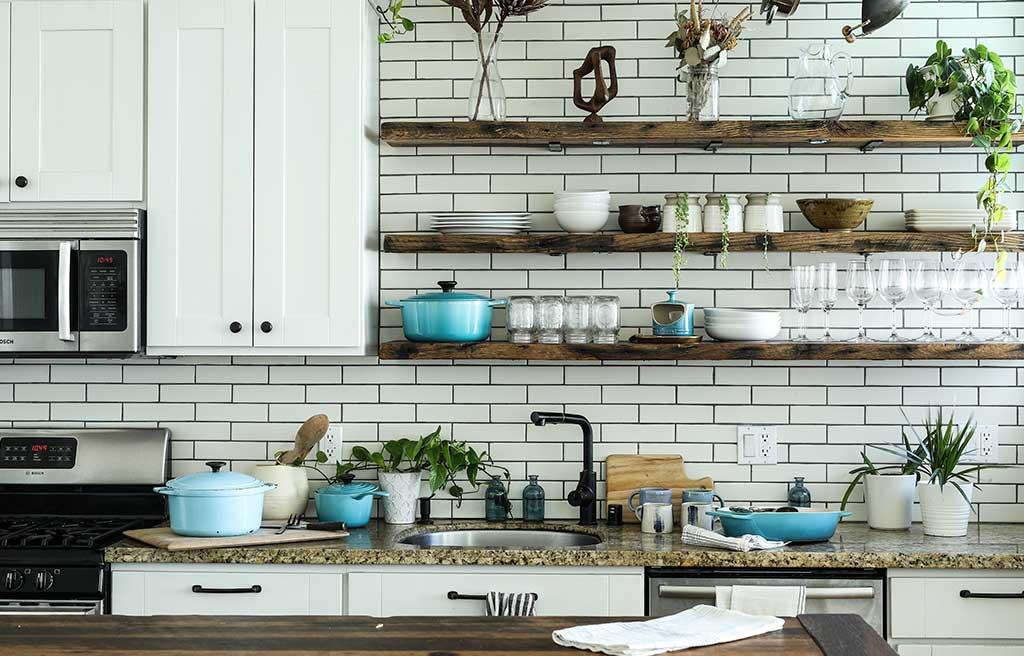 mensole legno grezzo cucina