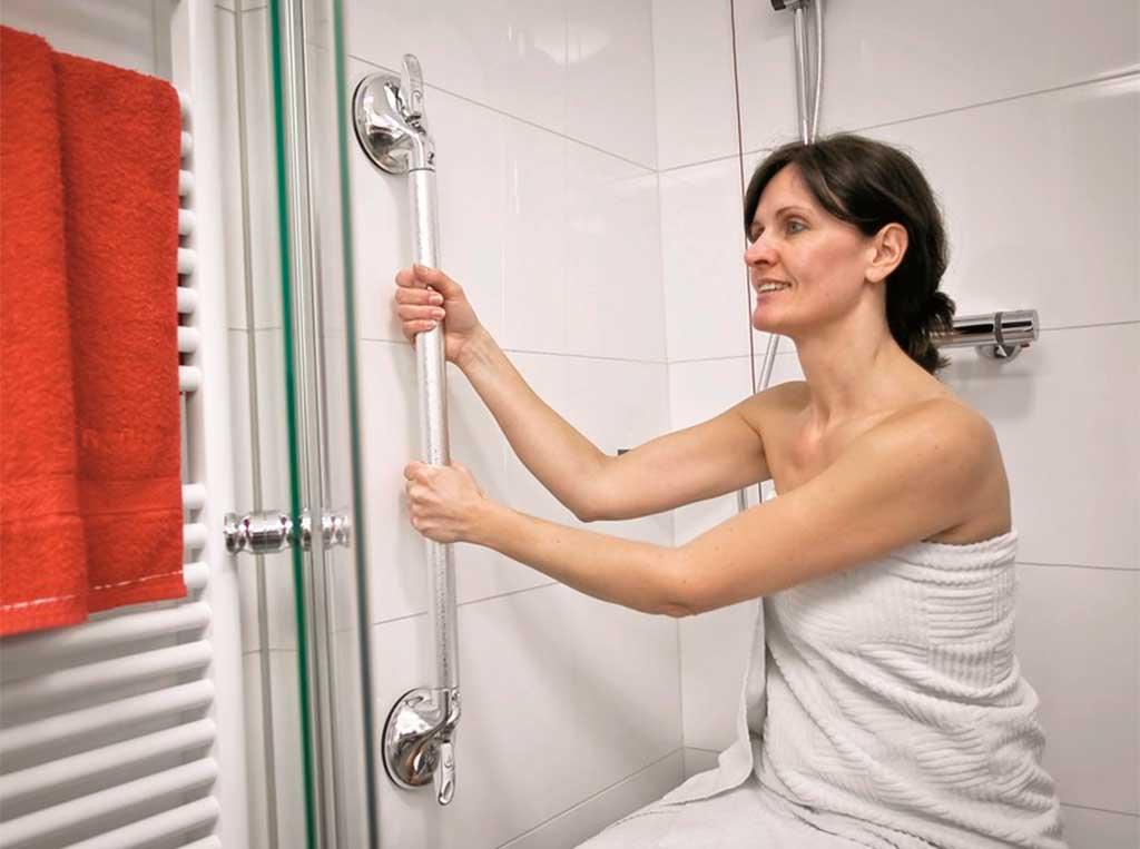 maniglione verticale box doccia