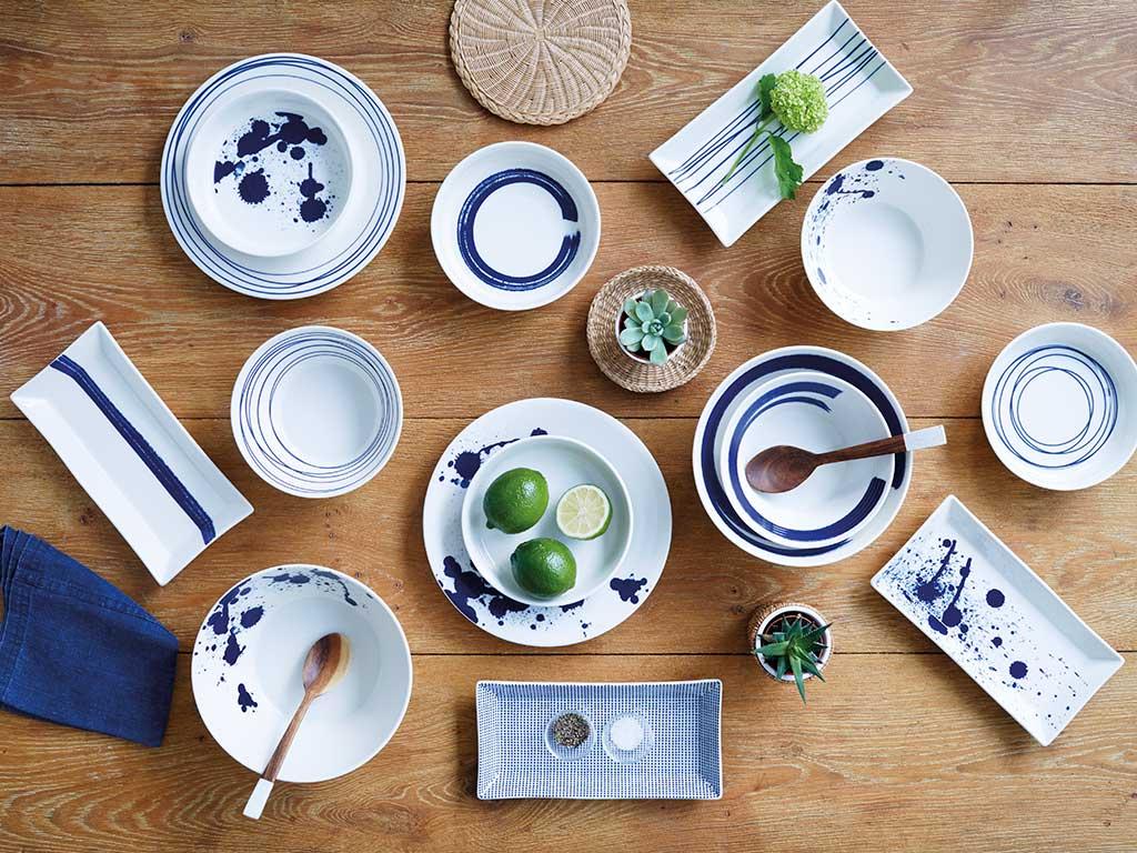 piatti decoro macchie blu