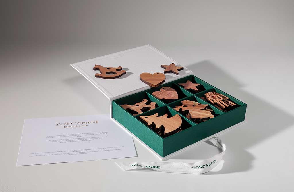 box figurine legno cedro