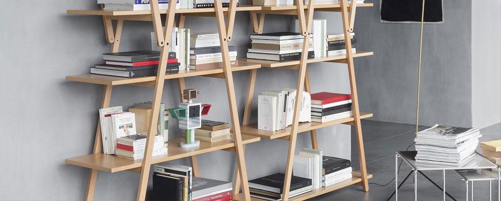 libreria design Magistretti legno