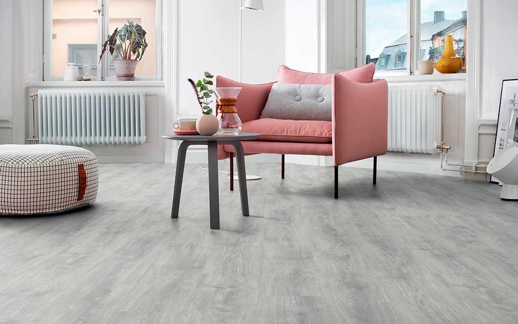 pavimento laminato legno grigio