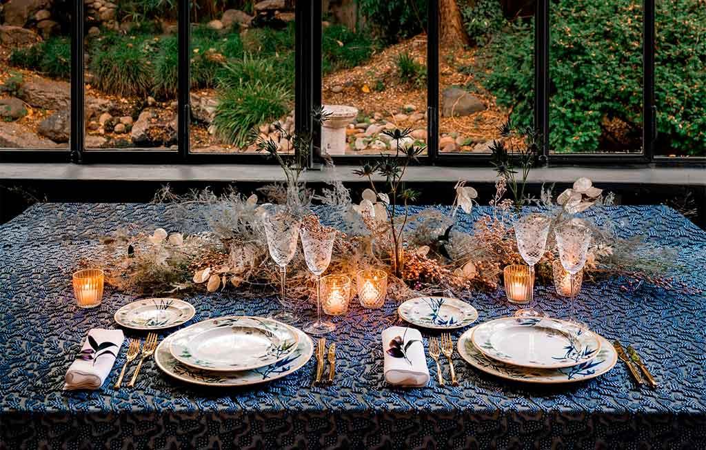 tavola natale blu e oro