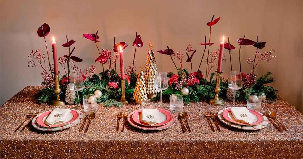 tavola natale rosa
