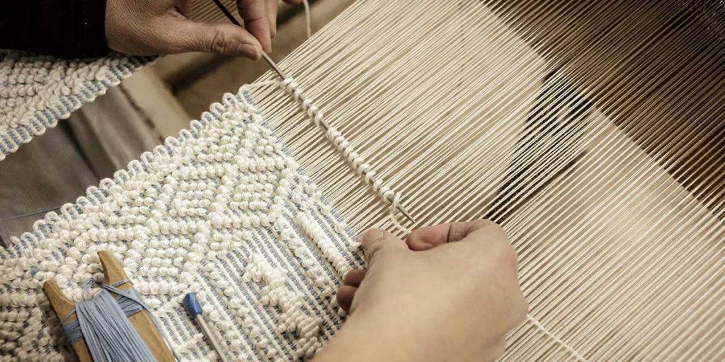 lavorazione tessuto telaio
