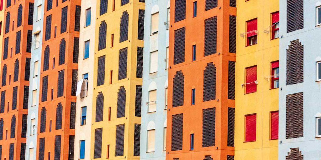 facciate colorate condominio