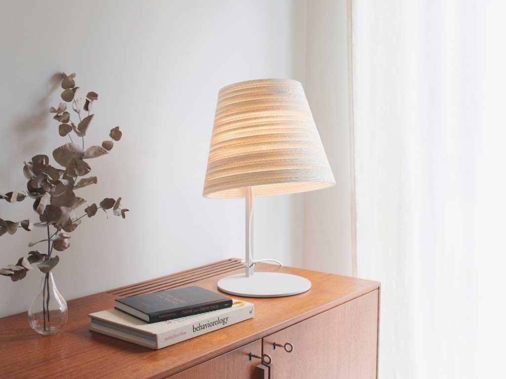 lampada da tavolo paralume cartone bianco