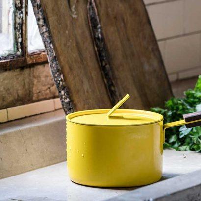casseruola design giallo induzione