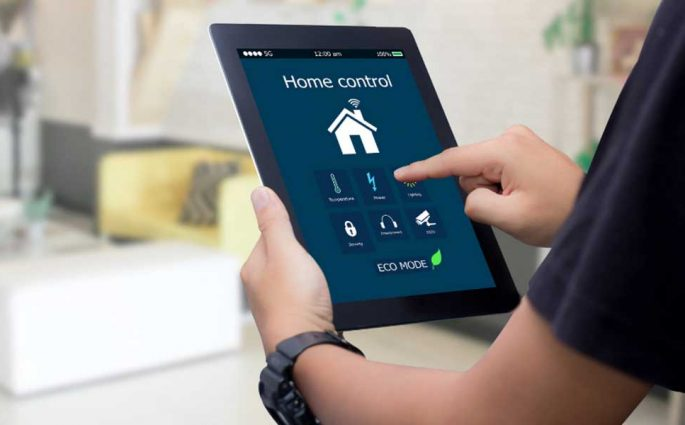 controllo smart home tablet