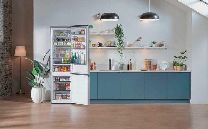 frigorifero aperto cucina