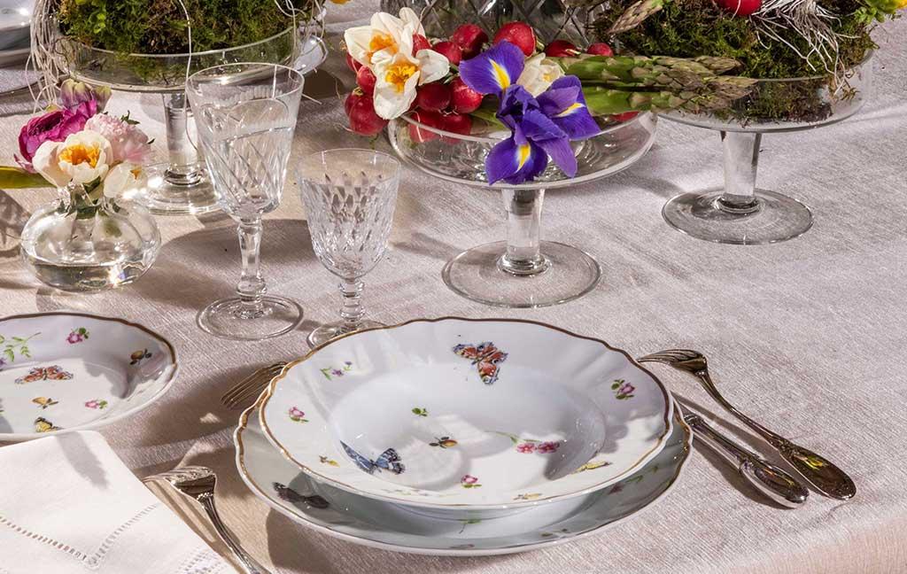 piatti decoro fiori e farfalle