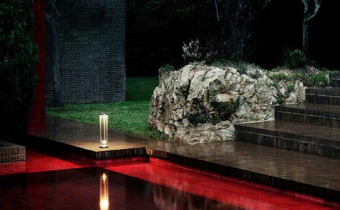 lampada outdoor bordo piscina