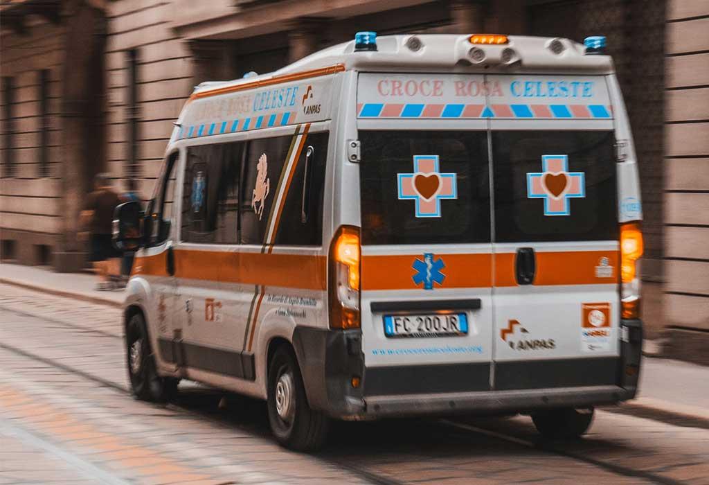 ambulanza in movimento