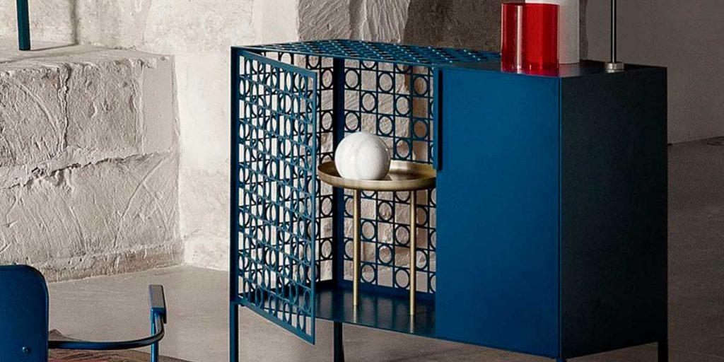 mobile contenitore blu